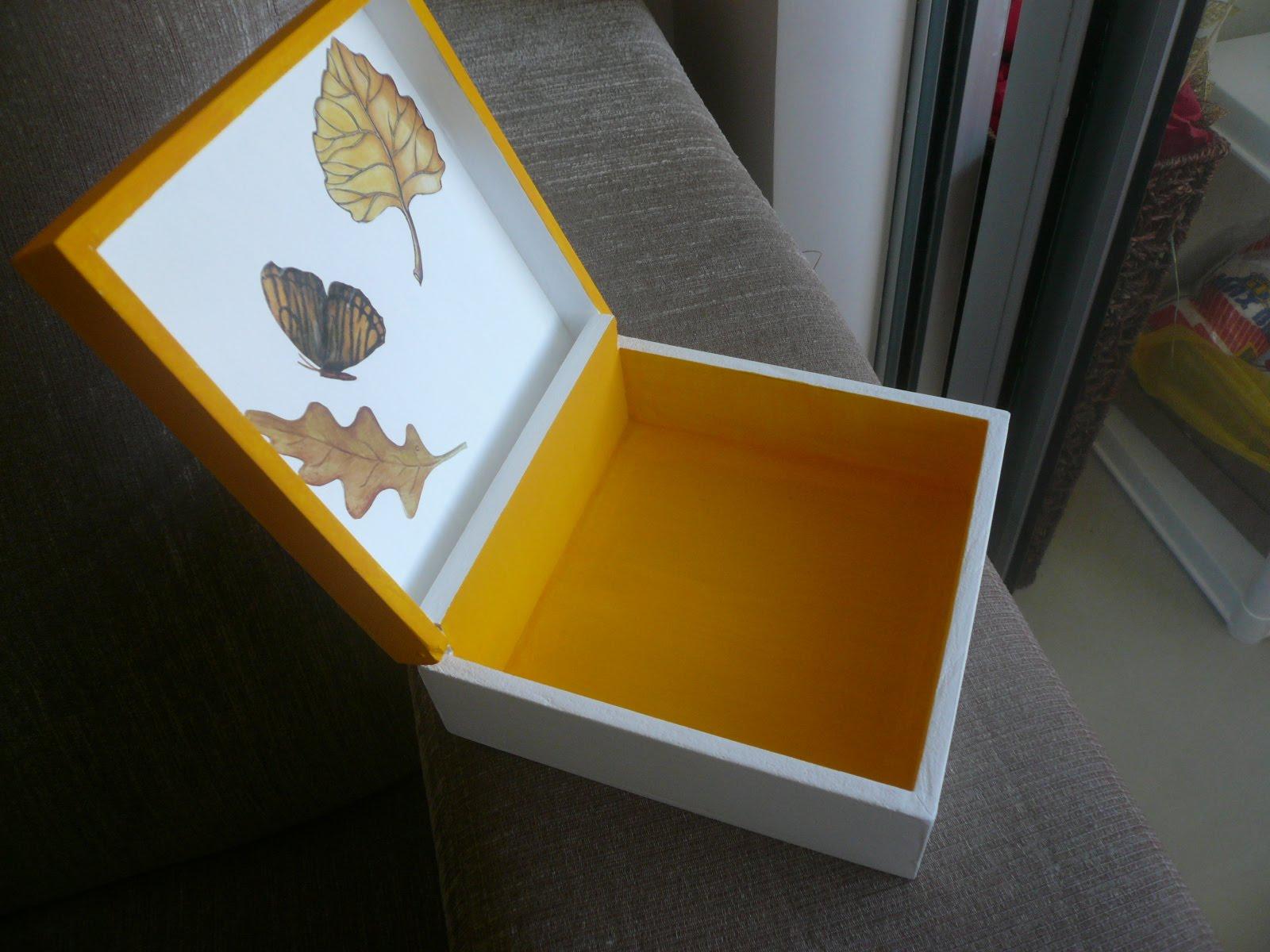 unhas decoradas com borboleta