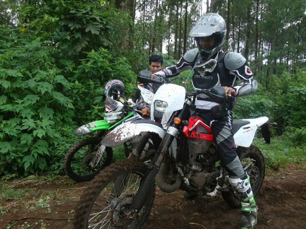 Test Ride Husqvarna Wr 125 Di Gunung Mujur Arjuna Indonesian Dirt