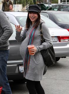 Alyson Hannigan Is Pregnant