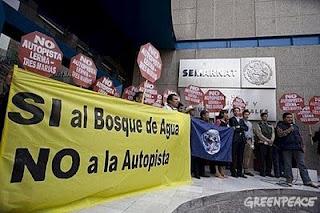 Manifestación en contra de la autopista. Propiedad de Greenpace