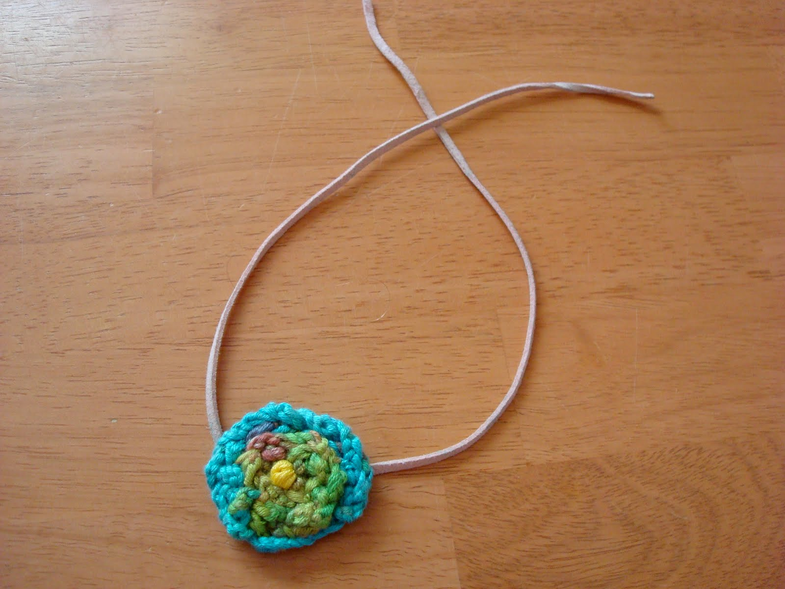 Finger Knitting Flowers : Curious inquisitive child sick little bean and the
