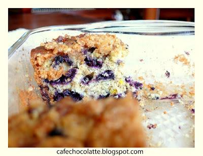 b Likapalı Kırıntılı Kek