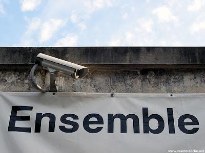 A propos de la société de surveillance : pour le customer empowerment