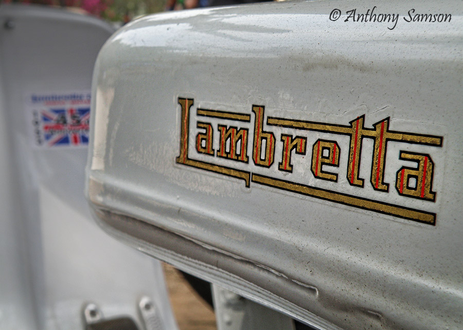 logo of Italian moped Lambretta
