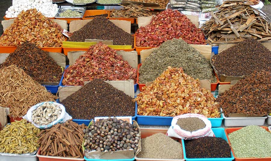 Road side shop in Alleppy selling spices.