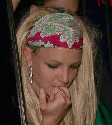 britney spears bald umbrella. Britney Spears