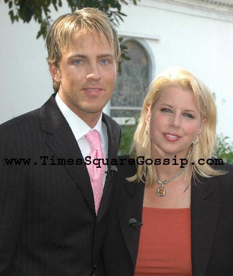 from Maison rita cosby and larry birkhead gay issue