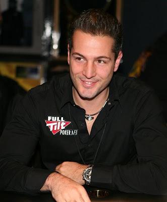Hole cam poker