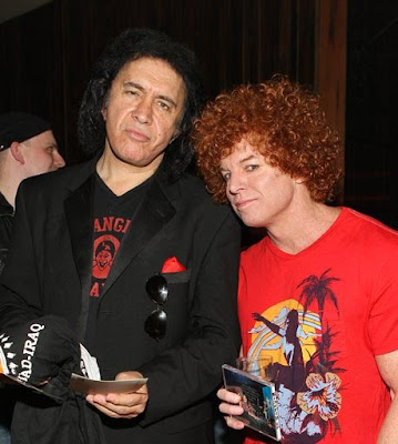 Times square gossip 01012009 02012009 gene simmons and carrot top in vegas m4hsunfo