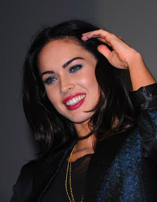 megan fox thumb finger. hairstyles megan fox thumbs