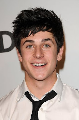 nude-david-henrie-animate