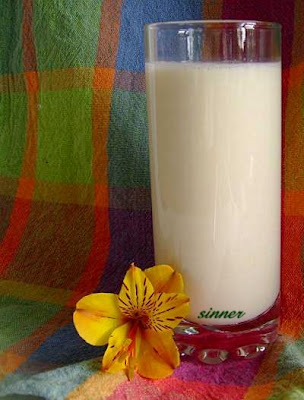 Homemade soy milk
