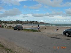 Acceso a playa desde las cabañas