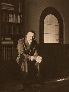 ideas de Hitler 3 10-books1