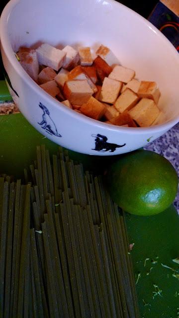 Two Blue Lemons: Ginger Poached Noodles