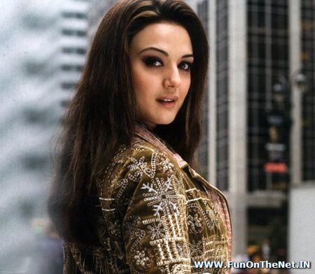 preity zinta wallpapers. Preity in Very Pretty Mood