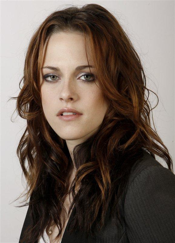 kristen stewart latest photos. Kristen Stewart New Hot Look