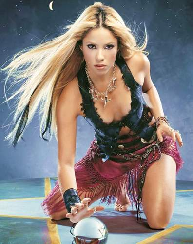 shakira hottest pictures. Shakira : Hotamp; Bold Pop Queen