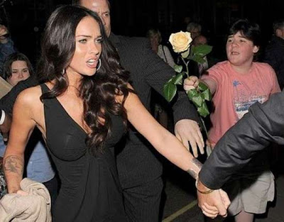 Celebrity Photobombs : Stunning Photos Seen On  www.coolpicturegallery.us
