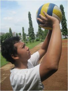 teknik-teknik bola voli, passing atas
