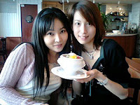 Yukana having tea and pudding with Koshimizu Ami, from Ami's blog March 18