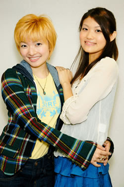 Blue Drops: Yoshida Hitomi (left) and Hayami Saori
