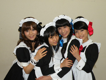 (l-r) Yazawa Rieka, Yuuki Aoi, Omigawa Chiaki, Shiraishi Ryouko