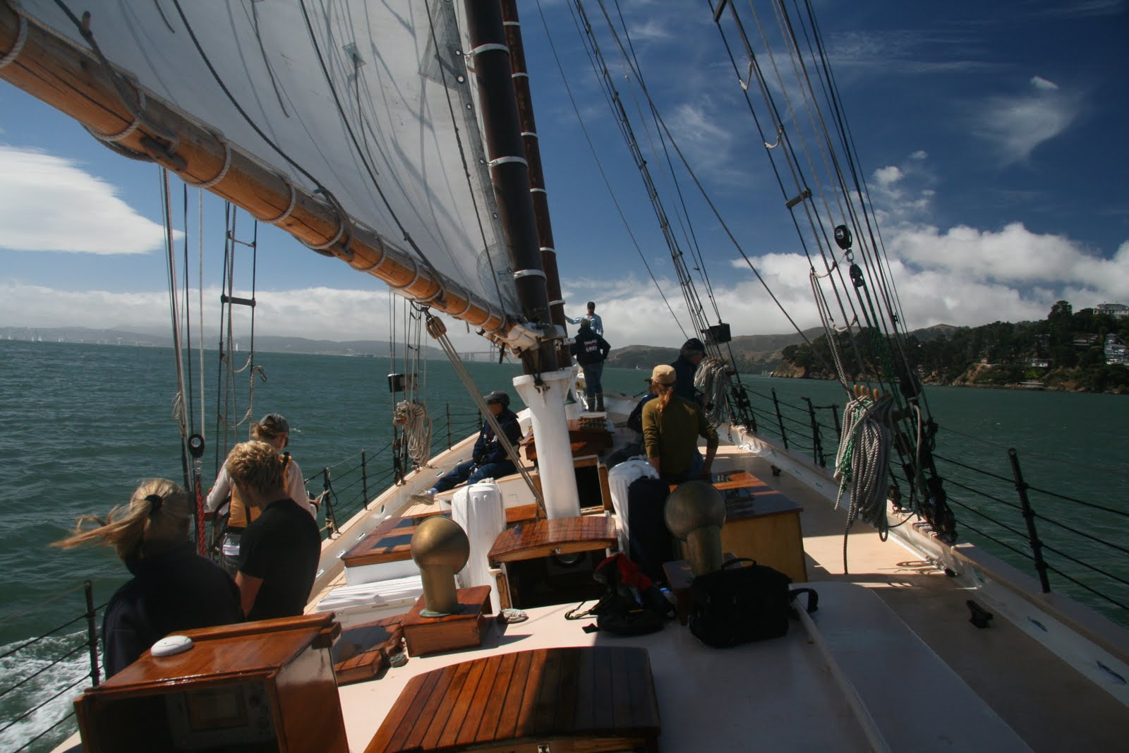 Freda B sails to a second place in the Great San Francisco Schooner Race ...