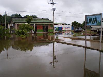 Moradores da Vila Caquetá clamam pelas autoridades de Porto Acre