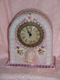 Cherub mosaic clock