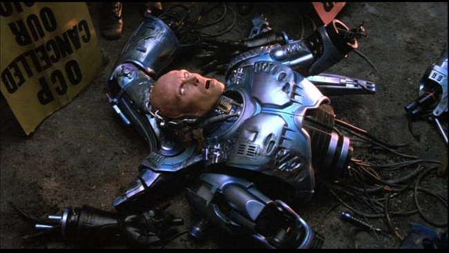 Put... de robots... Robocop
