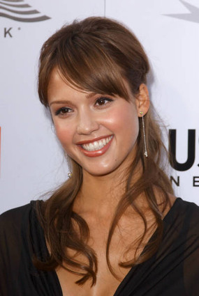 Welcome to the world of Information: Biographies Of Jessica Alba Cute Photos