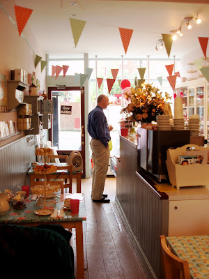 Bake-a-Boo West Hampstead interior bunting