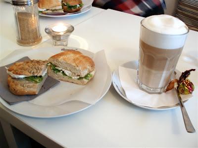 Elbspeicher Prenzlauer Berg Berlin sandwich latte