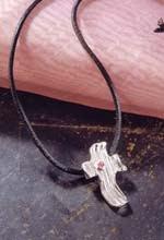 Moderno colgante de cruz   Moderno colgante de cruz