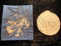 Fallido colgante circular   Colgante circular con relieves (*)