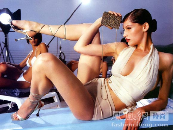 laetitia casta hot dressess. supermodel Laetitia Casta