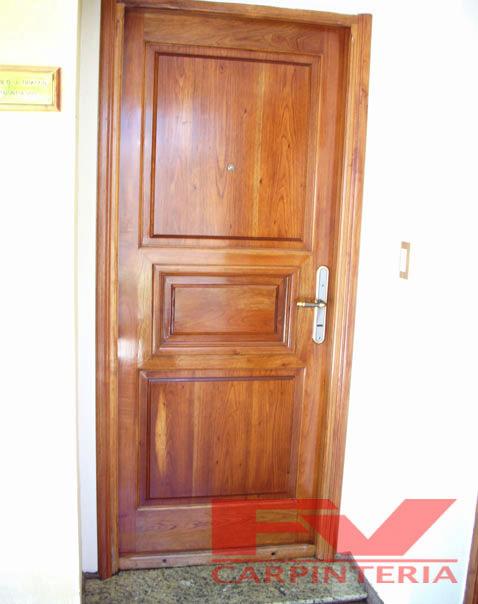 Fv carpinter a puertas for Puertas de madera para exteriores de casas
