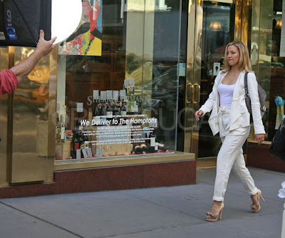 Kristen Stewart, Jennifer Aniston, and More Stars on the Set!