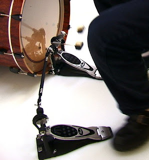[double-drum-pedal1.jpg]