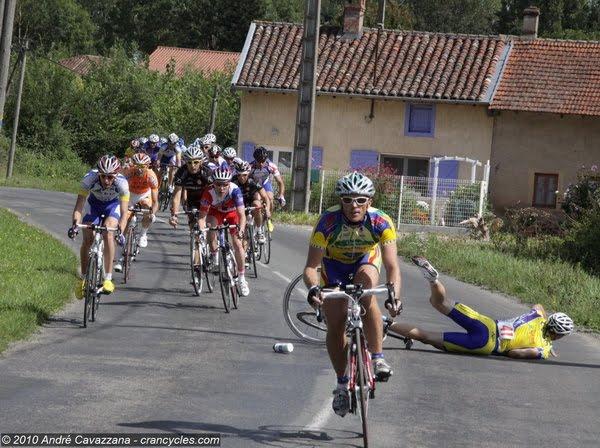 chute cyclisme etape 3