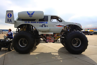 mobil terbaik Big foot US air Force