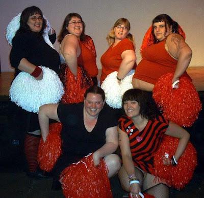 http://1.bp.blogspot.com/_ZqJVJnTKzGo/TLOH_VyGsoI/AAAAAAAAAYI/B7uBJPn7E0o/s1600/fat_cheerleaders.jpg