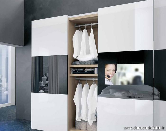 Beautiful Armadio Con Tv Integrata Gallery - Home Design - joygree.info