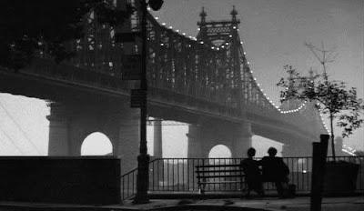 """Fotograma de la película """"Manhattan"""" (Woody Allen, 1979)."""