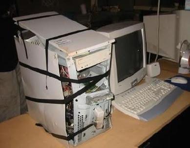 http://1.bp.blogspot.com/_ZtuYnPFfZsw/TRexJ1xNmEI/AAAAAAAAAlU/wBzcwh7Oa68/s400/computador%252Bvelho.jpg