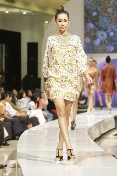 ... Indonesian Traditional Batik At Batik Keris   Male Models Picture