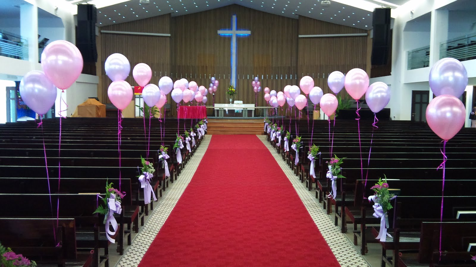 Simple Christmas Decorations For Church Balloon Weddings Birthday Parties