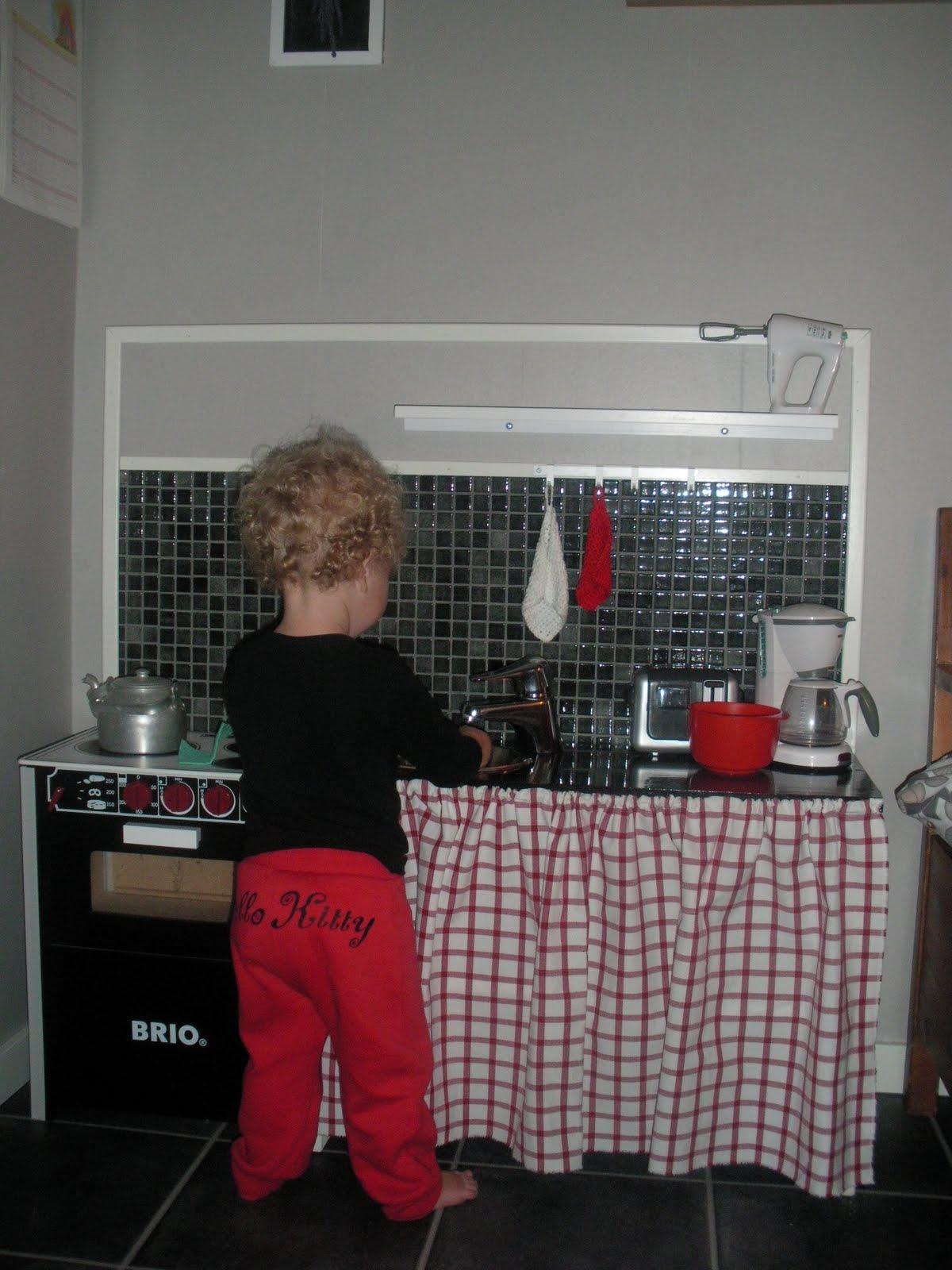 Frökenanna: renoverat kök..i mini format.