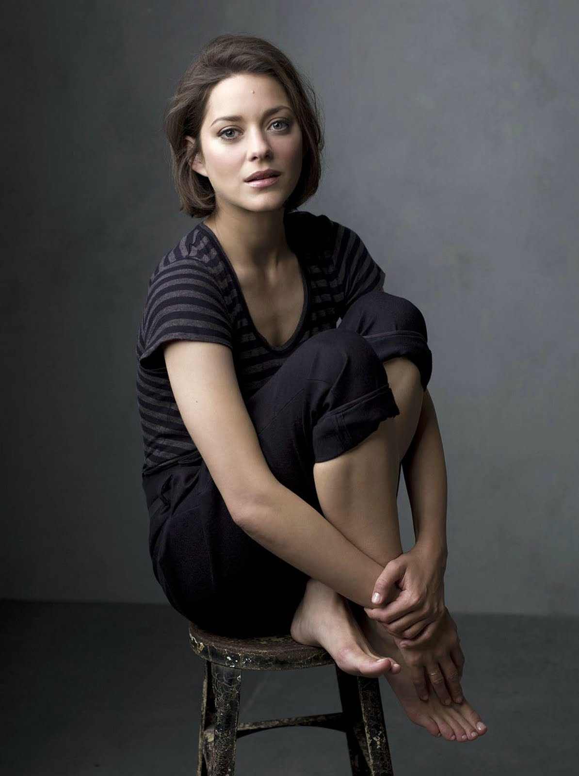 Fresh Look Celebrity Marion Cotillard Hairstyles 16